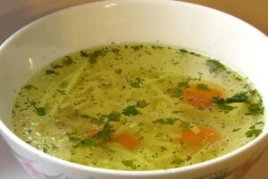 Vegetable Broth vs Chicken Broth